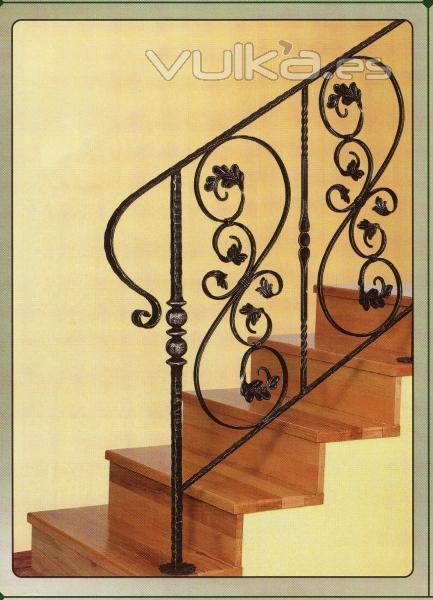 Foto baranda para escalera en forja - Barandas de forja para escaleras ...