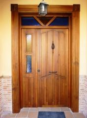 Puerta de entrada de duelas