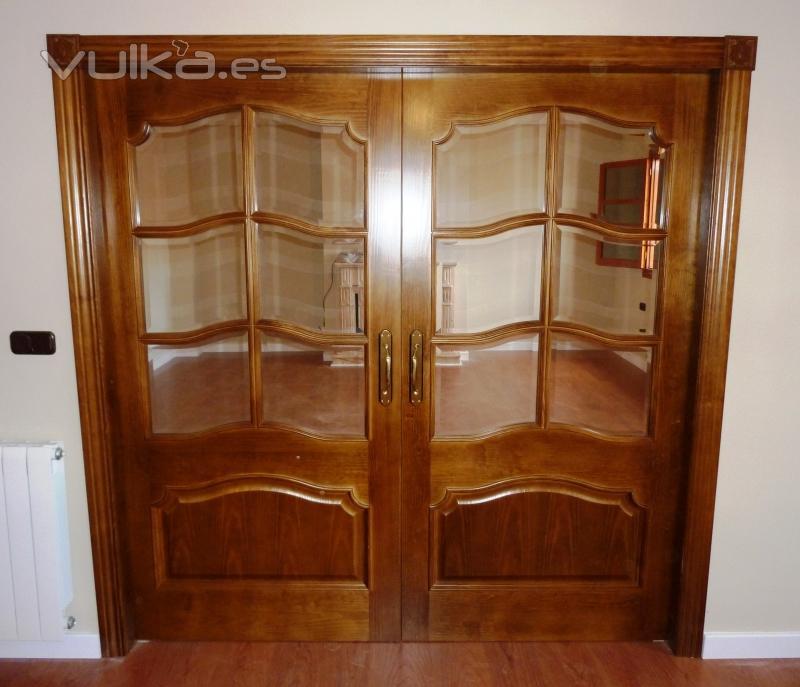 Foto puertas dobles de salon correderas for Puertas dobles de madera interior