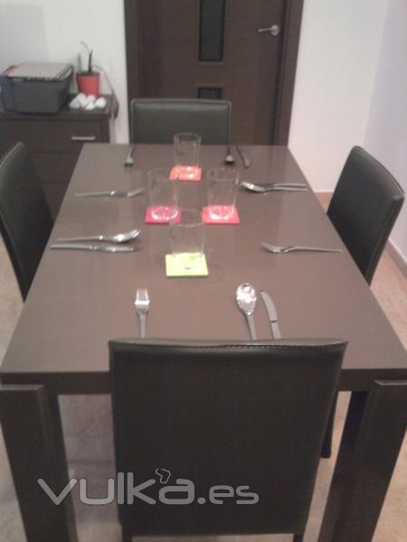 Foto mesa en silestone - Mesa de silestone ...
