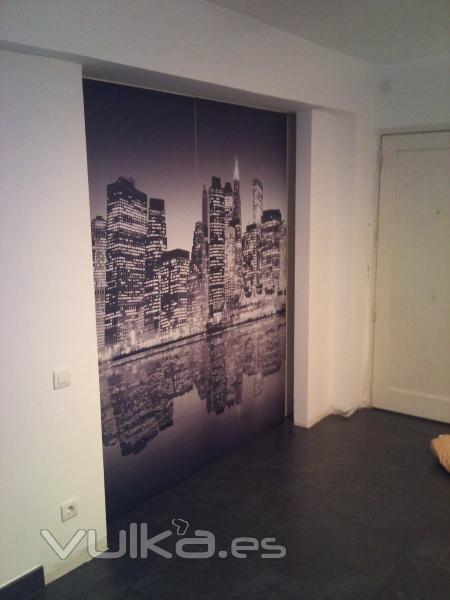 Foto puertas de vestidor decoradas con un fotomural en vinilo - Puertas decoradas con vinilo ...