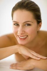 En meisa todo tipo  tratamientos faciales,botox,peelings,mesoterapia,aumento de labios...