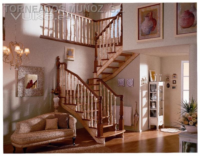 Foto escalera de madera y barandilla mod 10 - Barandilla para escalera ...