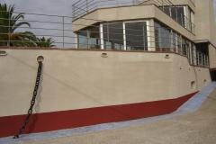 Proyecci�n de SuberTres en barco - restaurante  de hormig�n