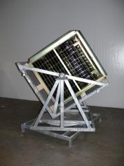 Volteador manual de contenedores, con doble giro