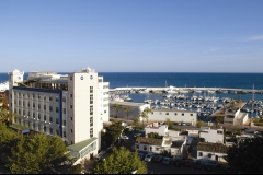 Foto 22 ambulancias - Usp Hospital de Marbella