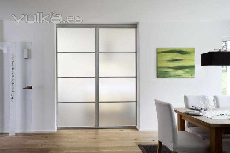 puertas correderas de paso entre comedor y cocina de advantage cerradas serie de perfil - Puertas Correderas Cocina