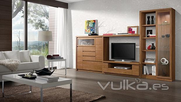 Foto muebles en color nogal con vitrinas - Muebles color nogal ...