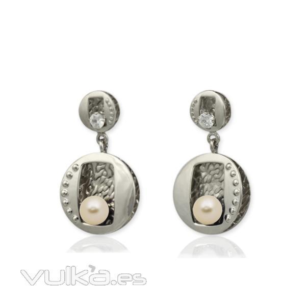Pendiente en plata con perla cultivada de r�o