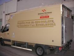Fabricacion de frigorificos homologados para el tte. de chocolate
