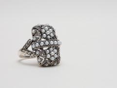 Anillo de plata y marquesitas