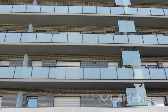 Foto balcones de hierro y cristal - Balcones de cristal ...