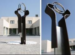 Escultura oraculo - altura 4 metros - acero corten y acero inoxidable