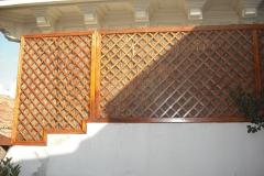 Colocación de celosia de madera, para separación de terraza. madrid