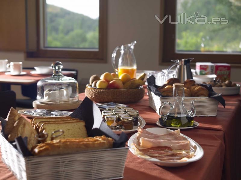 desayuno en el hotel torre de uriz