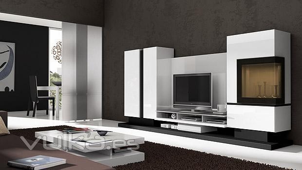 Foto salon comedor moderno lacado en blanco con vitrina for Salon comedor lacado blanco