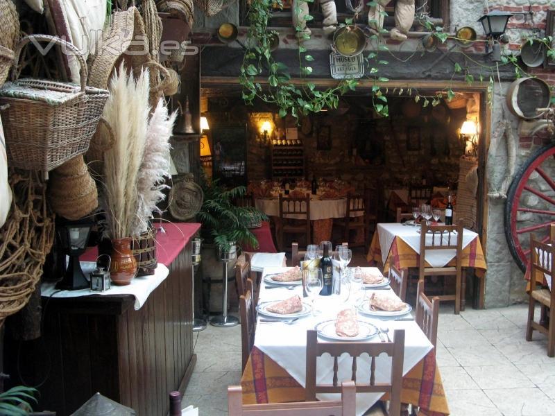 Cerveceria restaurante ubeda - Fotos patio andaluz ...