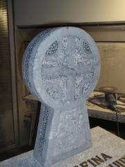 Estela en piedra navarra  reproducción de etxalar
