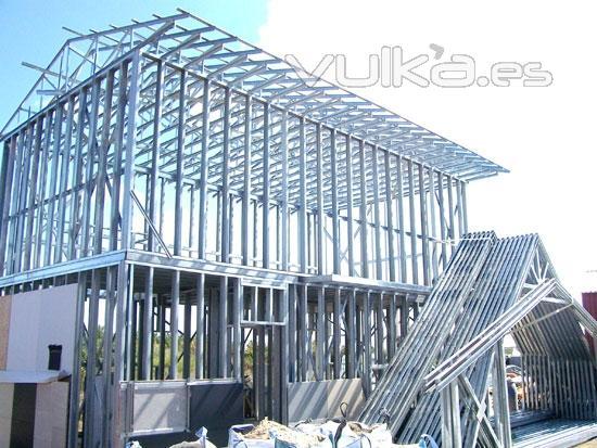 Foto estructura de acero galvanizado para una casa steel - Imagenes de estructuras de casas ...