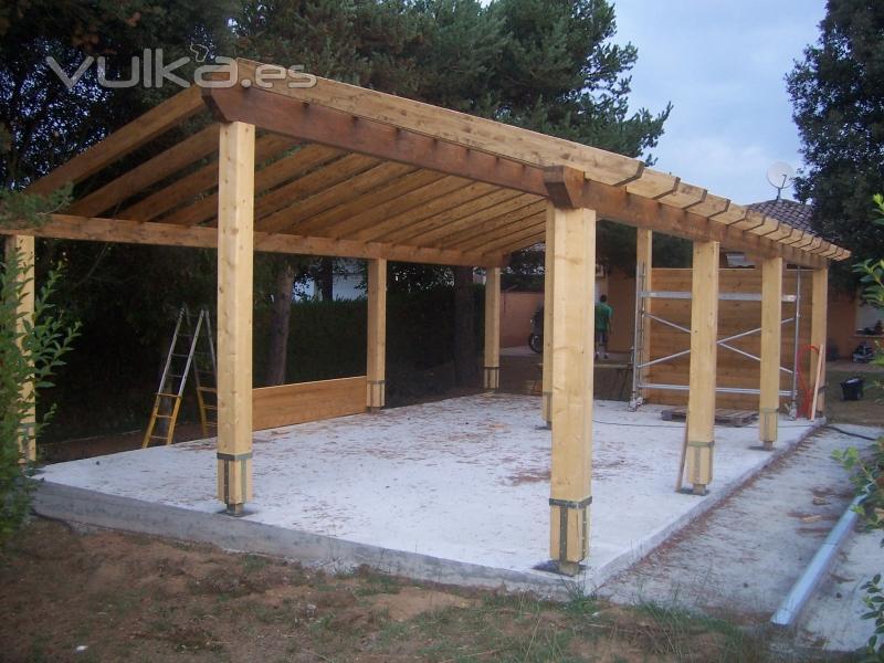 Foto garage de madera en construccion - Garage de madera ...