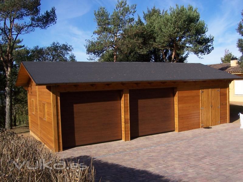 Foto garage de madera rustic osona - Garage de madera ...