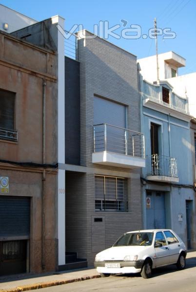 Foto vivienda unifamiliar entre medianeras almazora - Vivienda entre medianeras ...