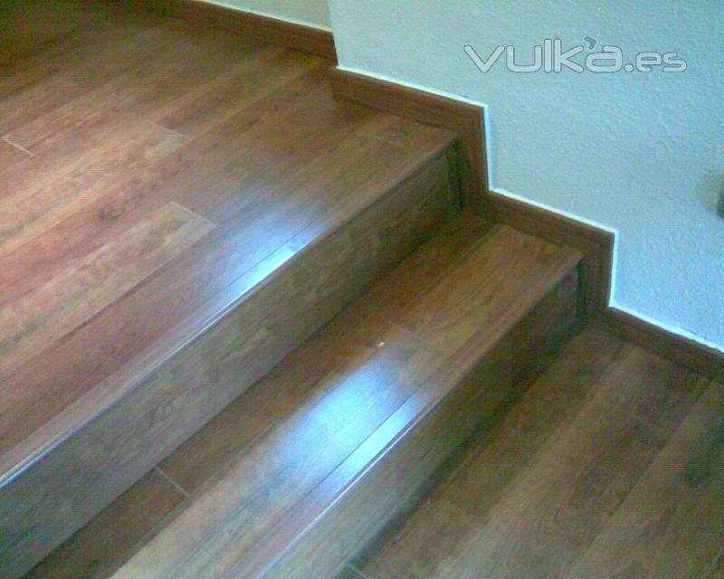 Casas cocinas mueble como poner suelo laminado - Instalar suelo laminado ...