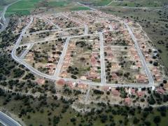 Urbanizaci�n las jarillas -  zarzuela del monte (segovia)