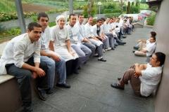 Equipo de cocina del restaurante akelarre