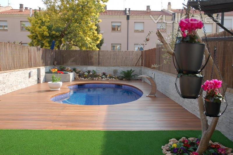 Foto piscina con dise o - Piscinas con diseno ...