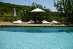 Hotel rural can lluz  piscina y zona chill out