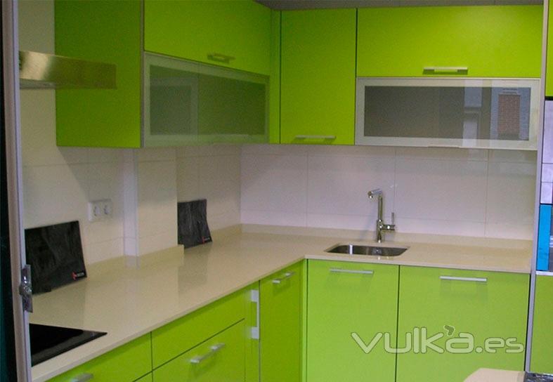 Foto: http://www.in-decor.net/muebles-para-cocinas-cantabria/cocinas ...