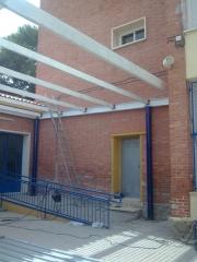 Estructura patio colegio