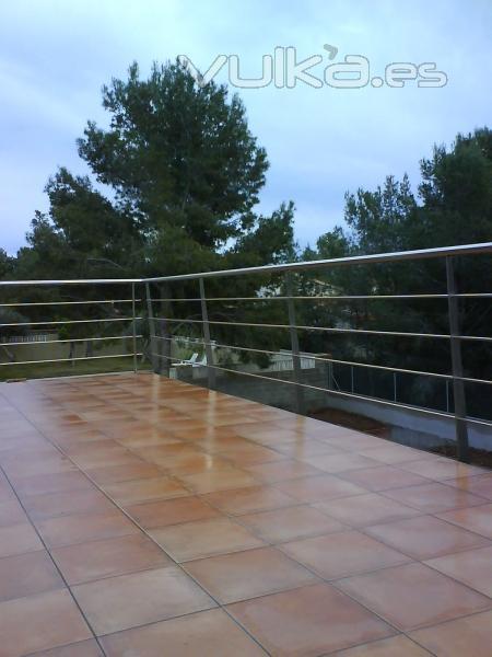 Foto barandilla esterior terraza de acero inoxidable - Barandilla terraza ...