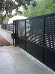 Puerta corredera hierro