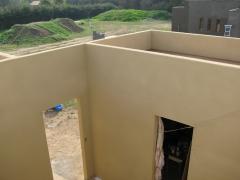 Proyecci�n interior de casa prefabticada con tablero OSB