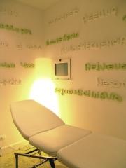 Foto 10 centros de belleza en Cantabria - Consulta de Medicina Estética de la Doctora Concha Obregón