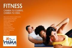 Gimnasio, sala de maquinas de cardio y fuerza. Clases dirigidas de Spinning, Pilates, Body combac..