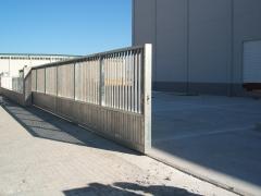 Corredera industrial perfiles galvanizados