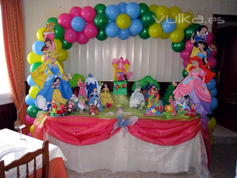 Foto: Decoracion con globos Mesa decoracion infantil
