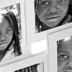 Portafotos quattuor aluminio blanco 10x15 4 fotos en lallimona.com detalle1