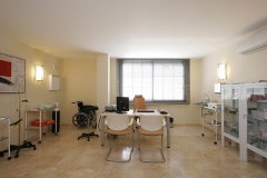 Clinica del rio en san pedro de alcn�tara , marbella, con m�s de 20 especialidades