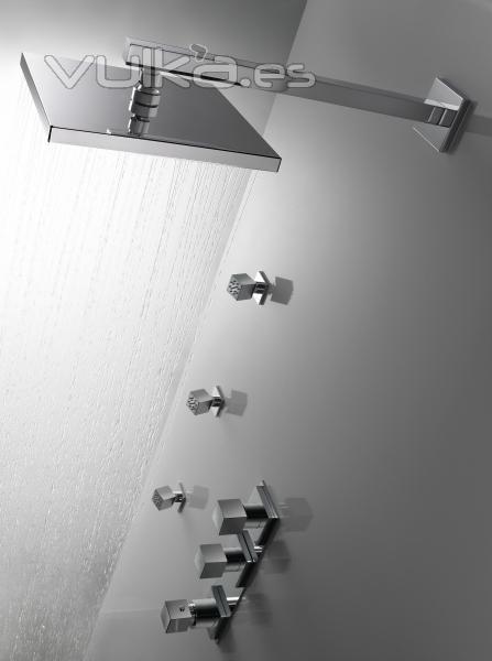 Foto grifer a de ducha empotrada for Griferia empotrada