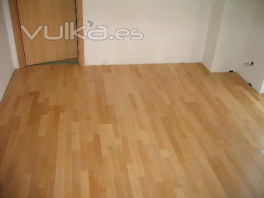 Foto colocacion de parquet y tarima - Colocacion de parquet de madera ...