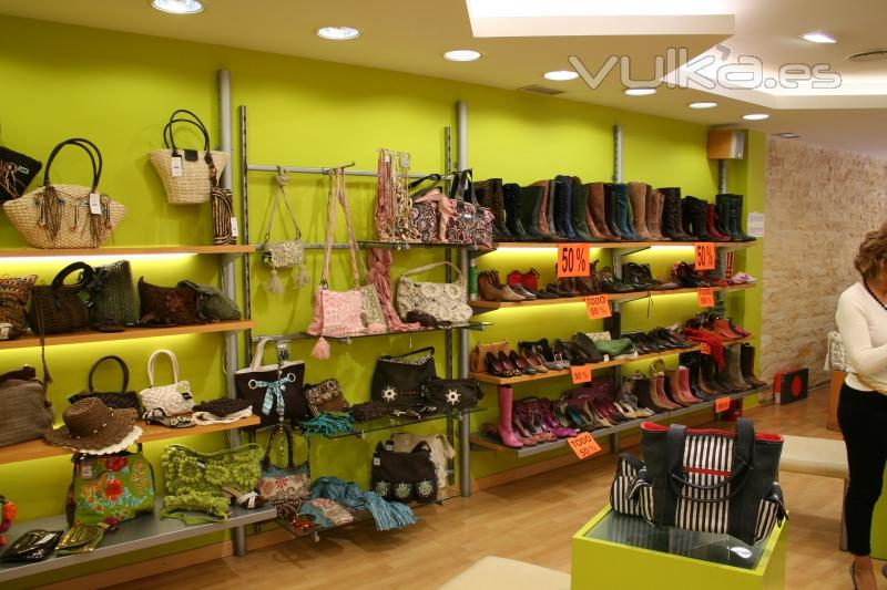 Tienda de Moda se�ora , Calzado , Ropa , Bolsos , Complementos , Bisuter�a TEMPO 0101