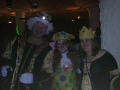 Los reyes del castillo en sala el sactillo