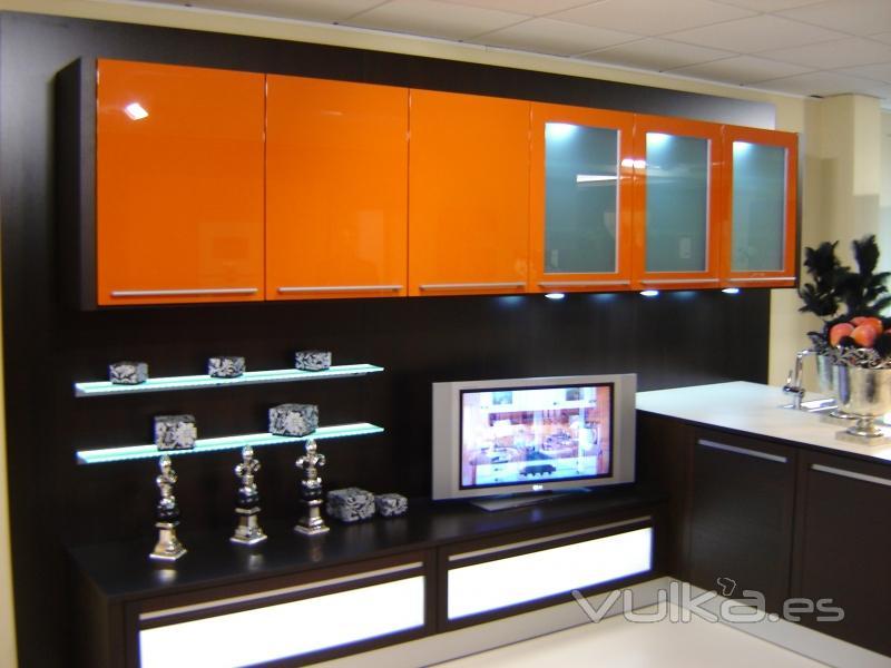 Foto cocina volterra muy completa oferta 50 dto for Ofertas de cocinas completas