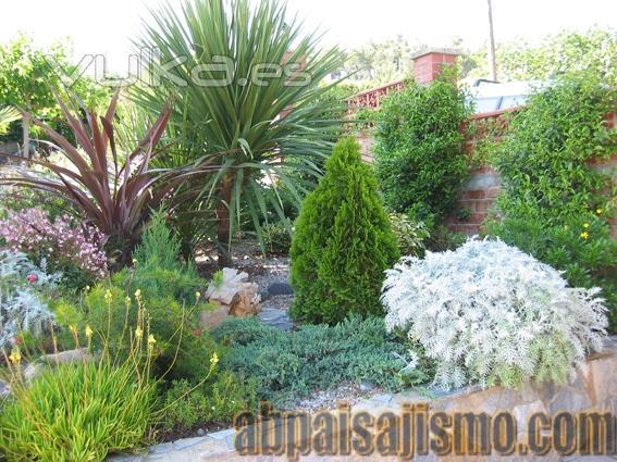 Abpaisajismo - Arriate jardin ...