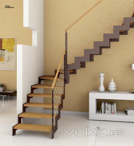 Foto escalera con estructura met lica y pelda os de madera - Peldanos de madera para escalera ...