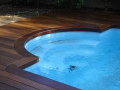 Tarima en madera de ipe , perfecta para exteriores.